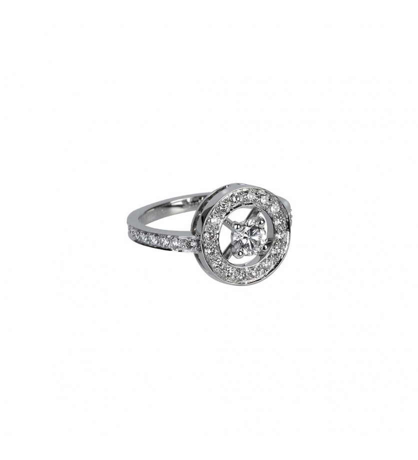 BOUCHERON Bague Ava or blanc diamants 0.25ct pavée