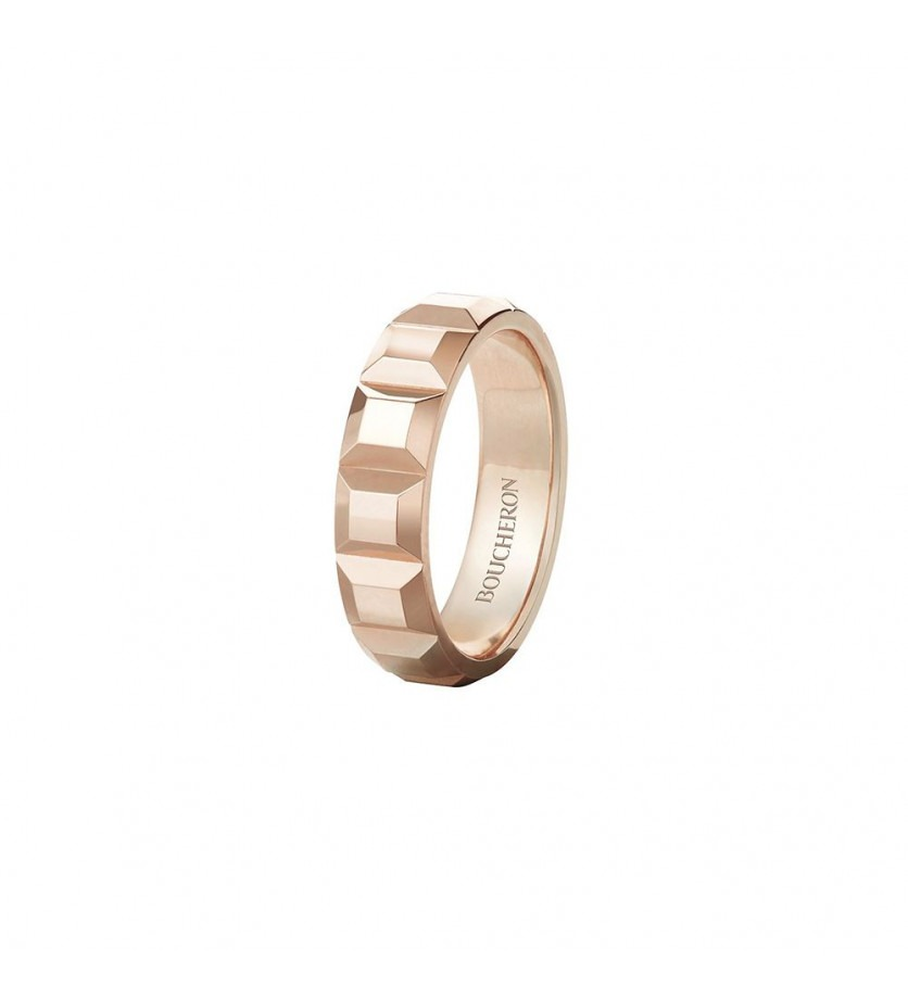 BOUCHERON Bague Quatre Clou de Paris or rose