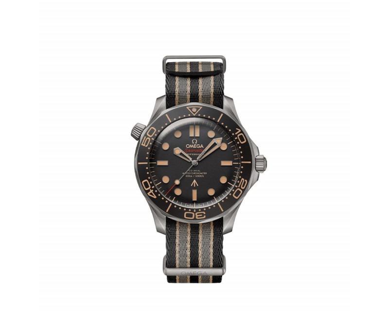 Montre OMEGA Seamaster Diver 300M 42 mm - Edition 007