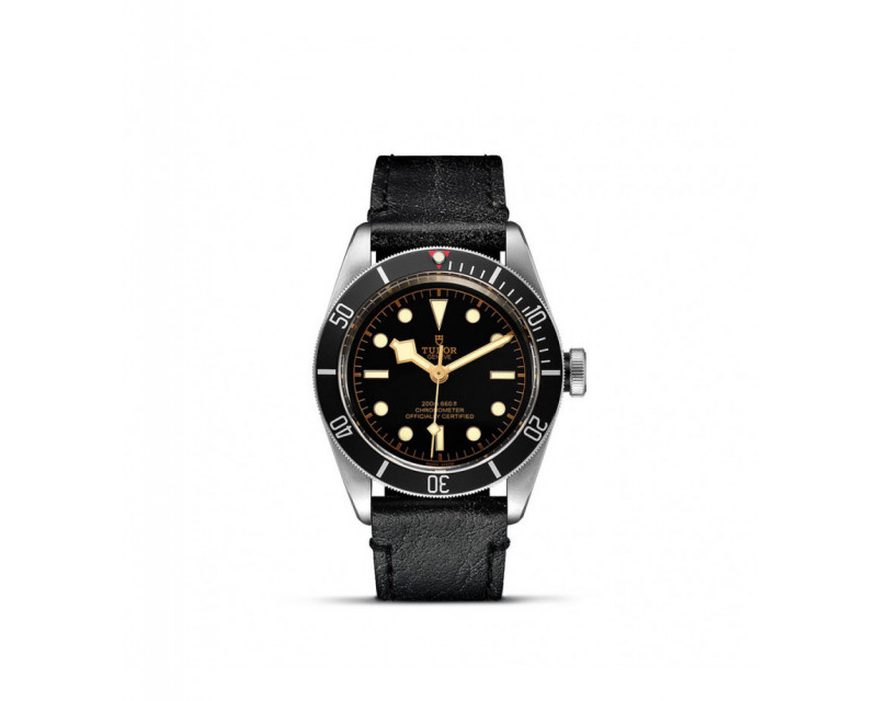 Montre Black Bay 41 mm Cadran Noir bracelet cuir