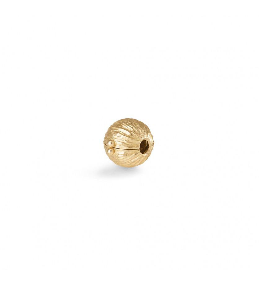 Fermoir Nature petit modèle en or jaune texturé (diamètre 8.5mm)